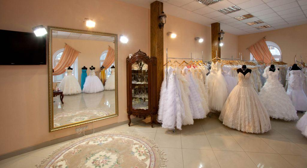 сколько стоит открыть свадебный салон